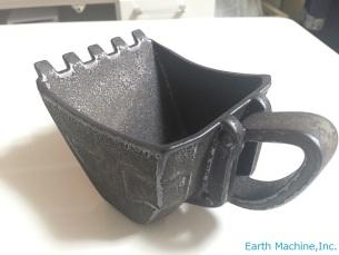 油圧ショベルバケットカップ「黒さび」 ※限定100個