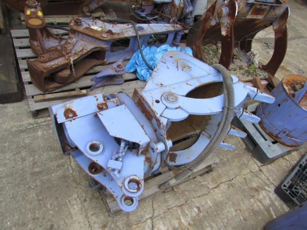 オノデラ製作所製 バックホウ0.25用 油圧全旋回木材グラップル兼用バケット