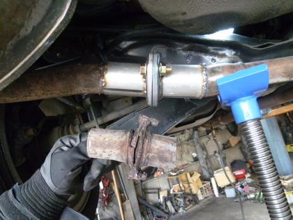 排気 漏れ マフラー バイクの排気漏れの影響や確認方法