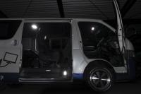 フィリップスLEDルームランプ:トヨタ 200系ハイエース【製品紹介】
