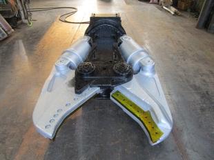 タグチ工業製 0.7クラス ダブルシリンダー鉄骨カッター DSX-200A
