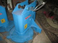 松本製作所製 0.2(5t)クラス用 フォーク付き油圧草刈機 ブッシュマン