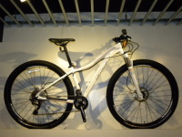 女性も29er! 2013 SPECIALIZED JETT COMP 29!