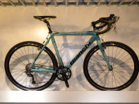 2010 Bianch D2 CICLOCROSS AXIS ALU(ビアンキ D2 シクロクロス)入荷!