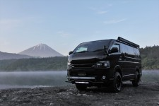 200系ハイエースS-GL NEEDSBOX VanLife
