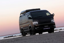 200 HIACE WAGON NEEDSBOX WGT BlackEdition 展示!