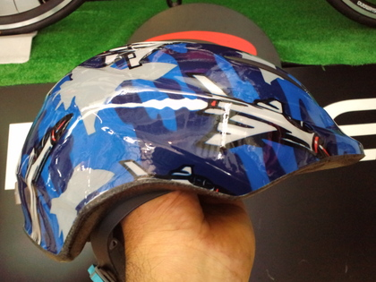 自転車用 かっこいい自転車用ヘルメット : メーカーの作ったヘルメット ...