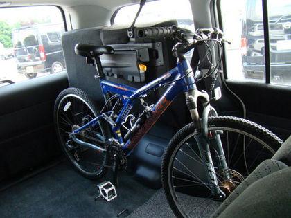 ... 自転車積載OK!の中古車ミニバン